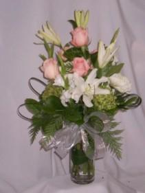 NOBLE PEARL Long Stemmed Pink Roses:   Flowers Prince George   Florists Prince George