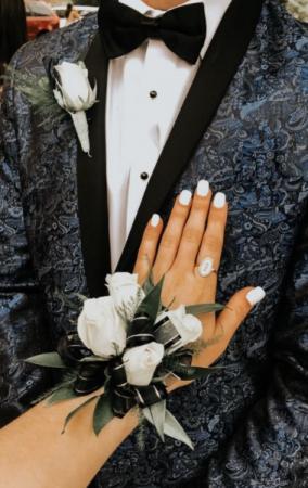 NOIR ELEGANCE SET Corsage & Boutonniere  in Biloxi, MS | Rose's Florist