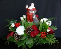 Norman Rockwell Santa Christmas Centerpiece