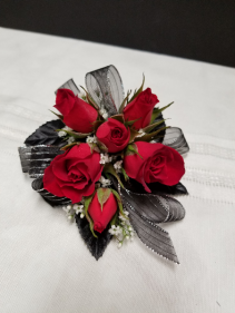 Norsemen Red Roses Wrist corsage