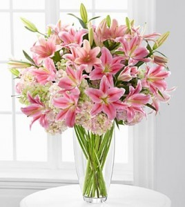 Intrigue Luxury Lily & Hydrangea Bouquet 22 Stems Lavish Luxury Collection