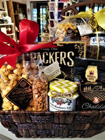 NUTS AND MUNCH Mini snack basket