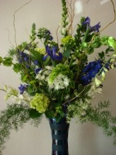 OCEAN BREEZE Vase Arrangement