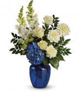 Ocean Devotion         T163-1 Vase Arrangement
