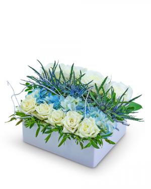 Ocean Love Pave Flower Arrangement in Nevada, IA | Flower Bed
