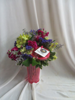 Office Buzz Thank your Assistant on Administrative Professionals Day April 25th in Farmville, VA | CARTERS FLOWER SHOP