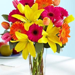 Oh Happy Day! Vase Arrangement in Vernon, NJ | HIGHLAND FLOWERS