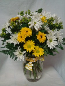 """Daisy  Daisy"" White and Yellow daisies arranged   in a vase with berries or filler and bow!!"