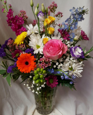SUMMER DELIGHT...SEASONAL FLOWERS ARRANED IN A VAS Depending on stock...some flowers and colors could be substituted