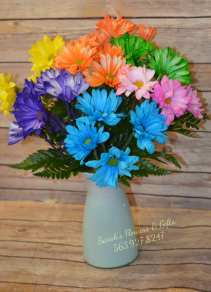 Ombre Crazy Daisy Vase - Vase Color will vary