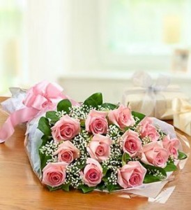 One Dozen Pink Roses  Presentation Bouquet