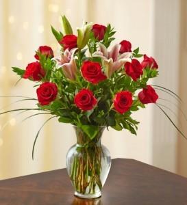 One Dozen Premium Roses