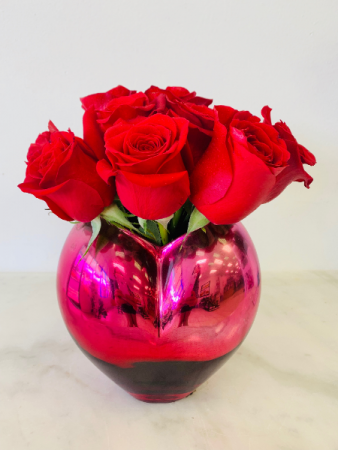 ONE DOZEN RED ROSES HEART SHAPE VASE