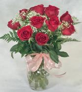 One dozen red roses vase