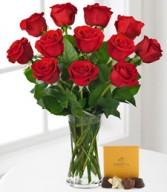 PREMIUM DOZEN RED ROSES w/sm box Godiva