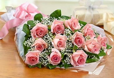 One Dozen Roses - Pink Bouquet