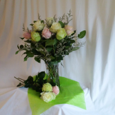 Oohlala Roses Vase