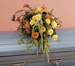 Fall Woodland Garden Casket Flowers in Las Vegas, NV | AN OCTOPUS'S GARDEN
