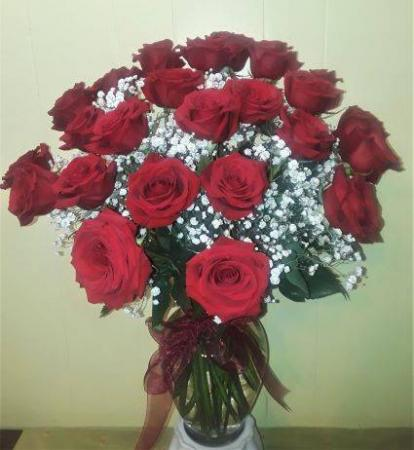 24 Red Roses with Babys Breath Clear Glass Vase