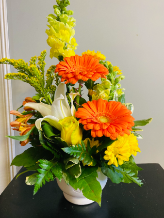 orange sherbert Flower Arrangement