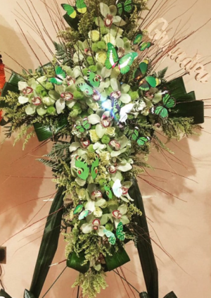 Orchid cross  in Ozone Park, NY | Heavenly Florist