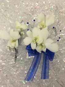 Orchid Prom Set Wrist corsage and boutonniere