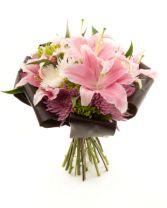 Devine Lily  Bouquet
