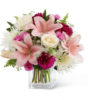 Elegant Floral Bouquet  in Lebanon, NH | LEBANON GARDEN OF EDEN FLORAL SHOP