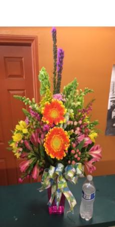 Best Seller Spring Vase  Everyday Item