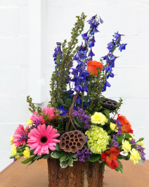 Out of the Woods Flower Basket in Huntington, TX | LIZA'S GARDEN