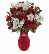 Pair of Hearts Teleflora Bouquet