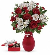 Pair Of Hearts Bouquet with chocolates Red