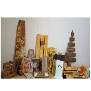 Pallet Wood Creations and Art Renderings Home Decor in Paris, KY   Chasing Lilies Floral