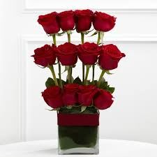Parallel Rose Bouquet Love Arrangement in San Juan, PR | ELIKONIA FLOWERS
