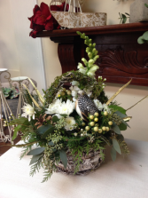Partridge Basket Green Christmas