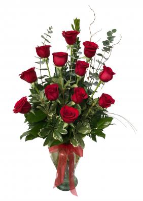 Rose Garden  Dozen Rose Arrangement