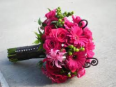 PASSIONATE LOVE BRIDLE BOUQUET