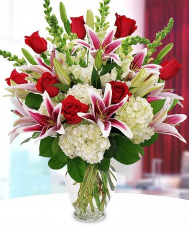 Passionate Love Roses, Oriental Lilies, Hydrangea and Snapdragons