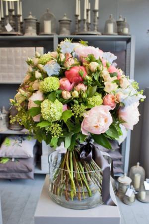 Pastels Bouquet   in Coconut Grove, FL | Luxury Flowers