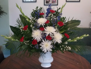 Patriotic Memorial Funeral Flowers in Bluffton, SC | BERKELEY FLOWERS & GIFTS