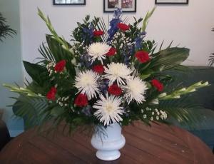 Patriotic Memorial Funeral Urn in Bluffton, SC | BERKELEY FLOWERS & GIFTS