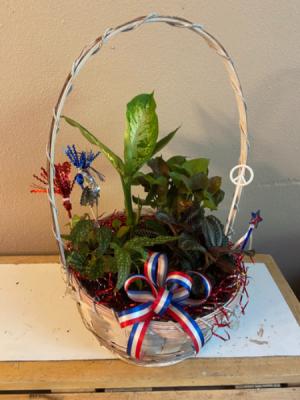 patriotic planter  planter  in Renton, WA | Alicia's Wonderland II