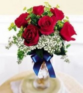 Patriotic rose arrangement