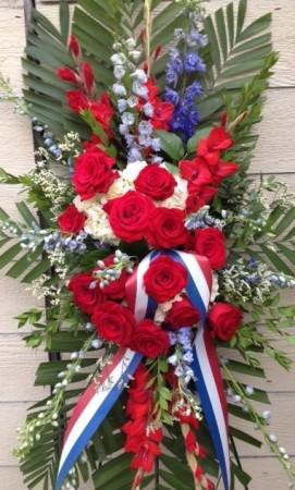 Patriotic Salute Easel Spray in Spring, TX | TOWNE FLOWERS