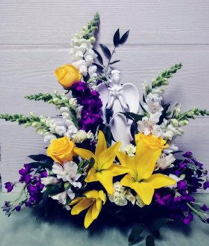 Peaceful Angel Floral Design  in Dayton, OH   ED SMITH FLOWERS & GIFTS INC.