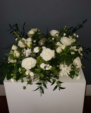 Peaceful Remembrance Urn Wreath