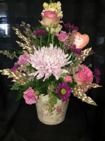 Peaceful Romance  Valentines Arrangement