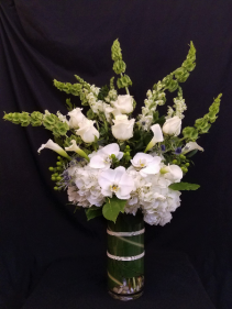 Peaceful Sympathy  Vase