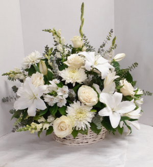 Peaceful White Tribute  in Tottenham, ON | TOTTENHAM FLOWERS & GIFTS