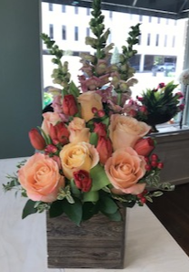 PEACH FRAGANCE ELEGANT MIXTURE OF FLOWERS in Houston, TX | Bella Flori